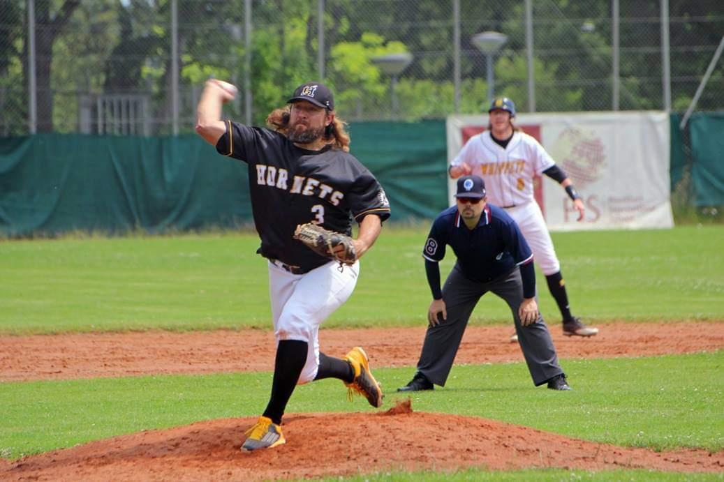 Hornets-Pitcher Kevin Nobles